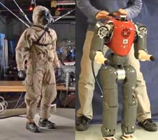 2-humanoid-robots