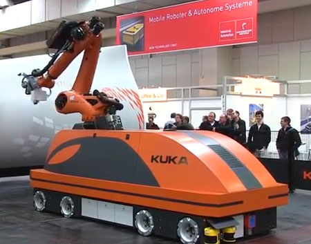 Kuka-mobile-robot-at-Hannover-Messe