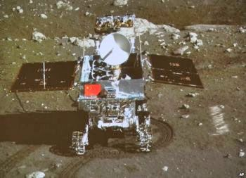 Chinas-moon-rover-2_350_253_80