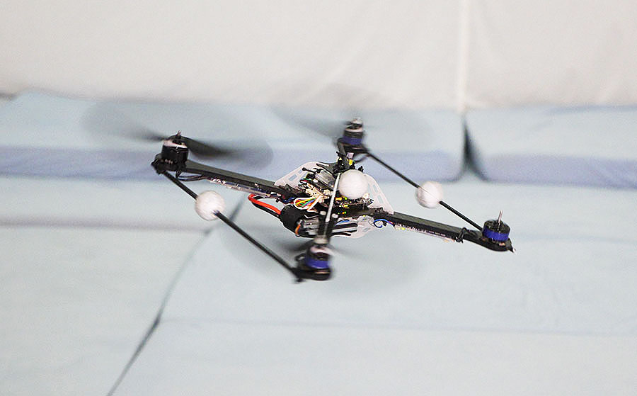 Quadrocopter Failsafe Algorithm Recovery After Propeller