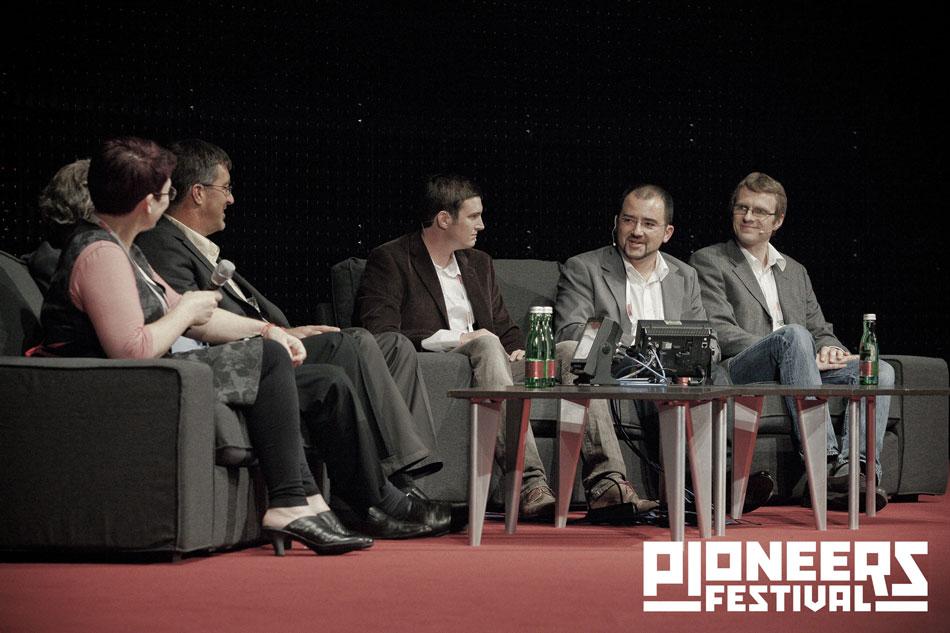 pioneers_festival_panel_1