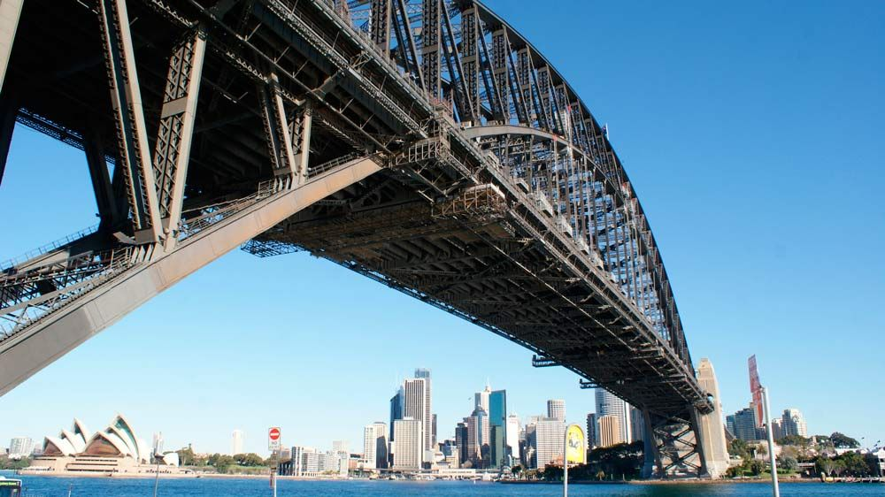 Sydney-Harbour-Bridge_1000_562_80