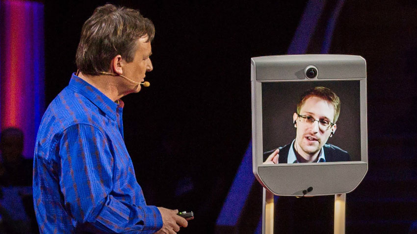 Chris_Anderson_Edward_Snowden_TED