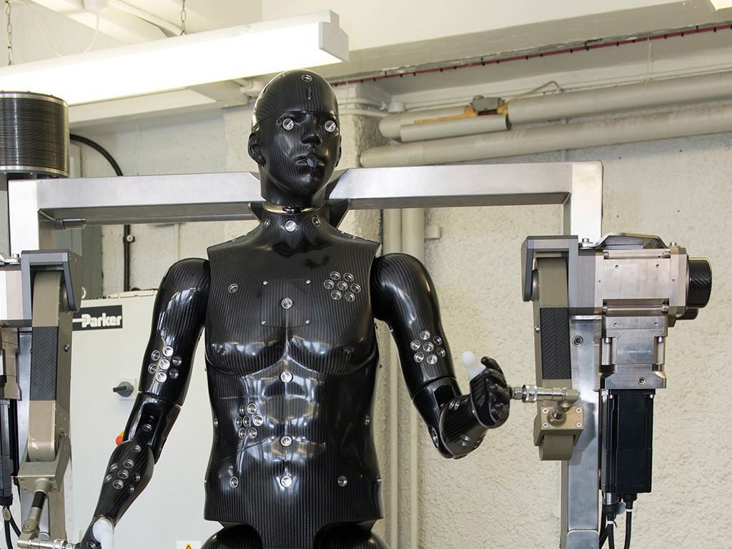 1 1m 163 Robotic Porton Man To Test Protective Clothing For