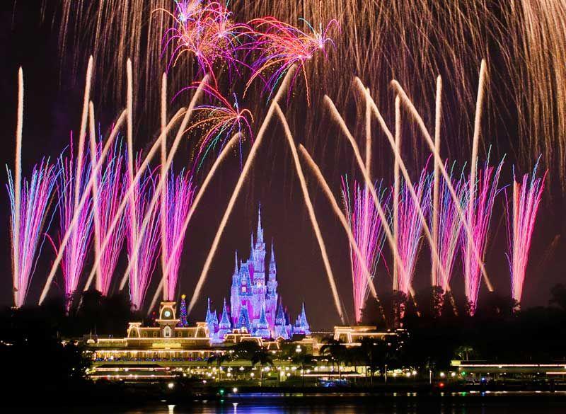 disney-fireworks_800_585_80