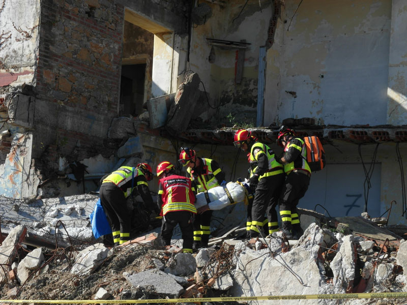 Exercise of the Pisa USAR team.