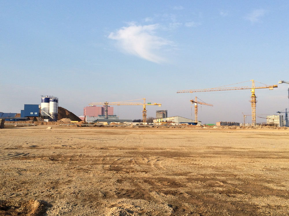 Cranes at work on the Skolkovo campus. March 2015. Photo credit: Hallie Siegel.