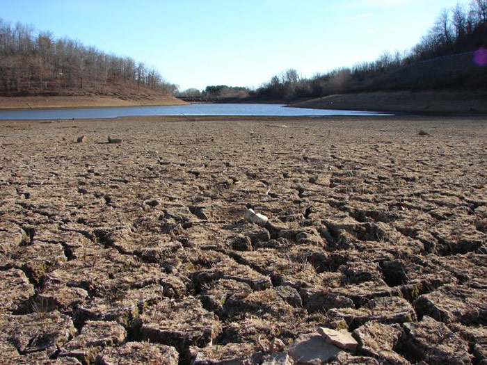 Dry California riverbed. Source: Wikimedia Commons