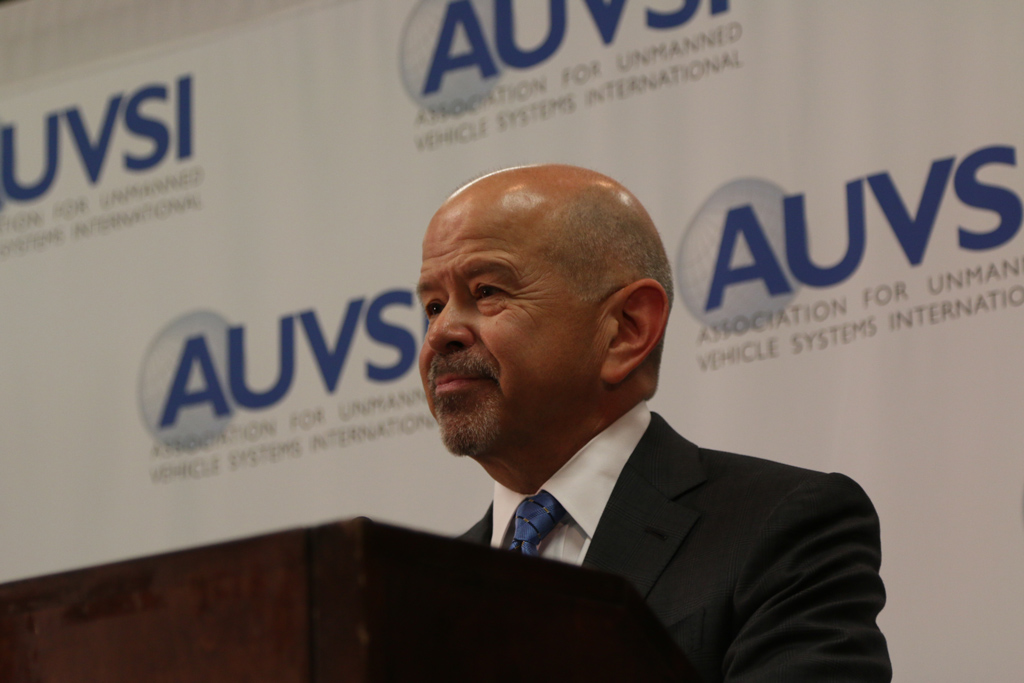 FAA Administrator Michael Huerta announcing the Pathfinders Program at AUVSI 2015 in Atlanta. Credit: Dan Gettinger
