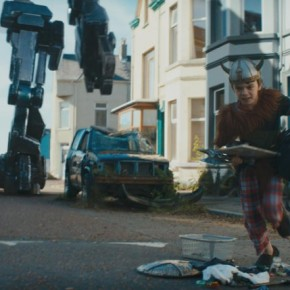 Ncam was used for a scene in which a giant robot Sentry pursues Connor (Milo Parker) down a suburban street.