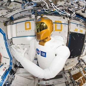 Robonaut. Image: National Geographic