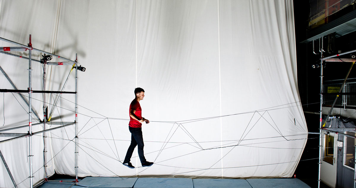 Aerial Construction A collaboration between the Institute for Dynamic Systems and Control and Gramazio Kohler Research, ETH Zurich, 2015. The rope bridge is strong enough to walk across.