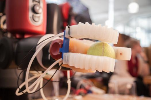 Team's silicone rubber gripper can pick up egg, CD & paper, and identify objects by touch alone