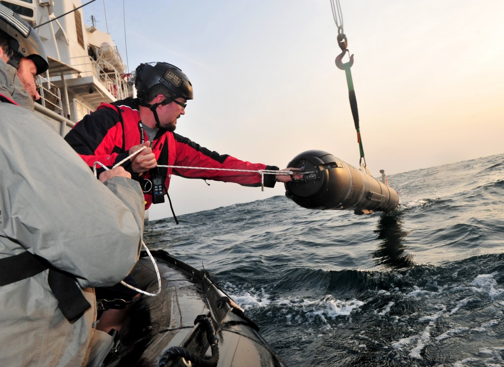A UUV is removed from the water during operations off the coast of Bahrain in 2013. Credit: Specialist 2nd Class Michael Scichilone/US Navy/Released