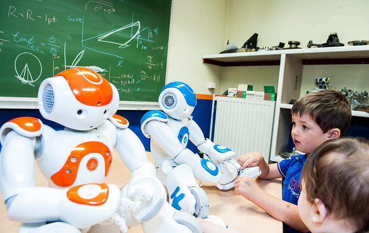 Researchers believe robots can be more effective than puppets and other traditional methods of treating autism. Image courtesy of the DREAM project.