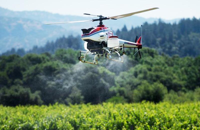 Yamaha RMAX crop sprayer gets ...
