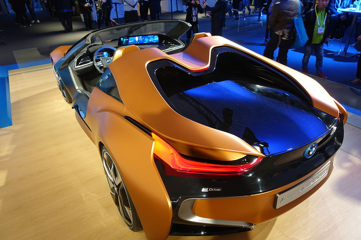 BMW's concept car with 3 driving modes: manual, assisted and autonomous.  Not that it could actually do that -- it was just there to look cool. Photo credit: Brad Templeton