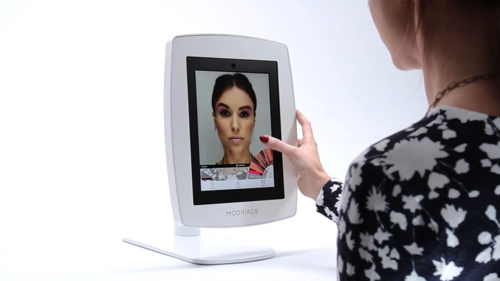 Modiface_Mirror_Smart_Consumer_Product