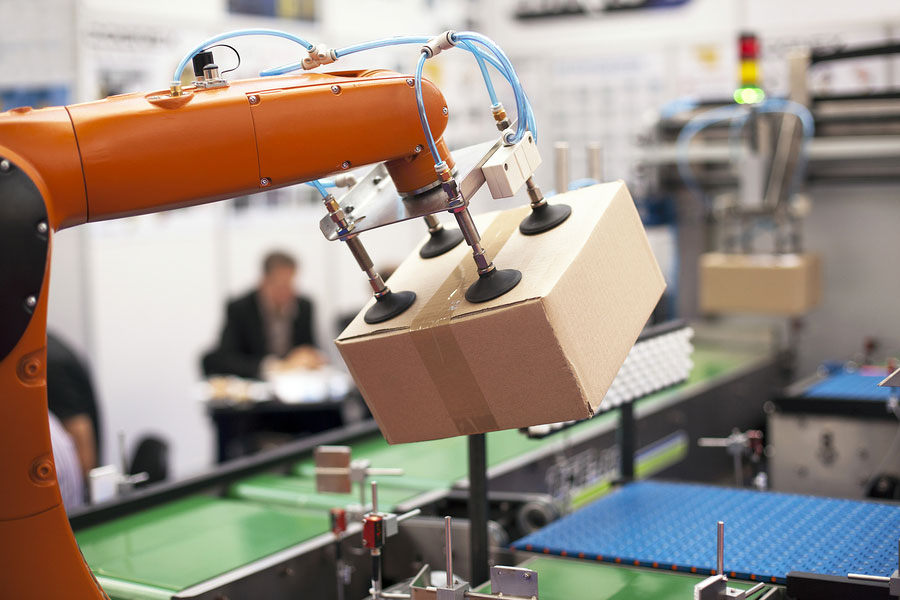 factory_arm_robot_packing_manipulation