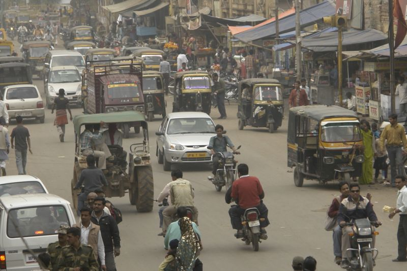 Traffic in Gwalior, India. Source: Wikimedia Commons