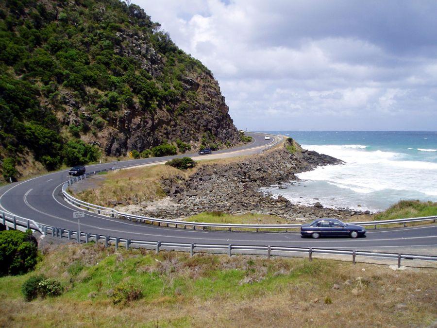 car-ocean-road