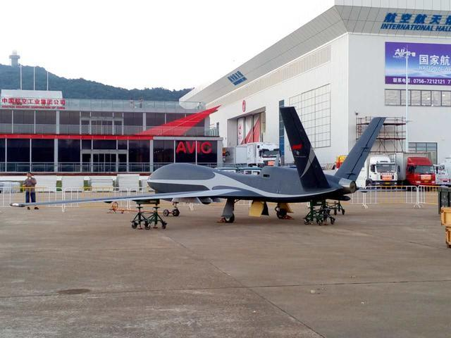 "China debuted its ""Cloud Shadow"" surveillance and strike UAV at the Zhuhair Airshow last week. Via: Best China News"