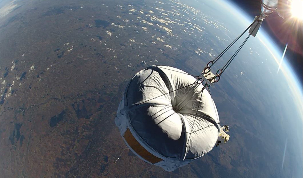 Helium balloons are being used to carry people, experiments and satellite launchers into near space. Image courtesy of Zero2Infinity