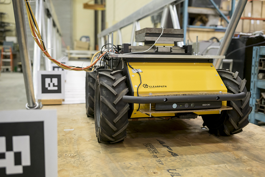 Linear motor and front-facing Kinect vision sensor mounted on Husky UGV mobile base. Image: Clearpath
