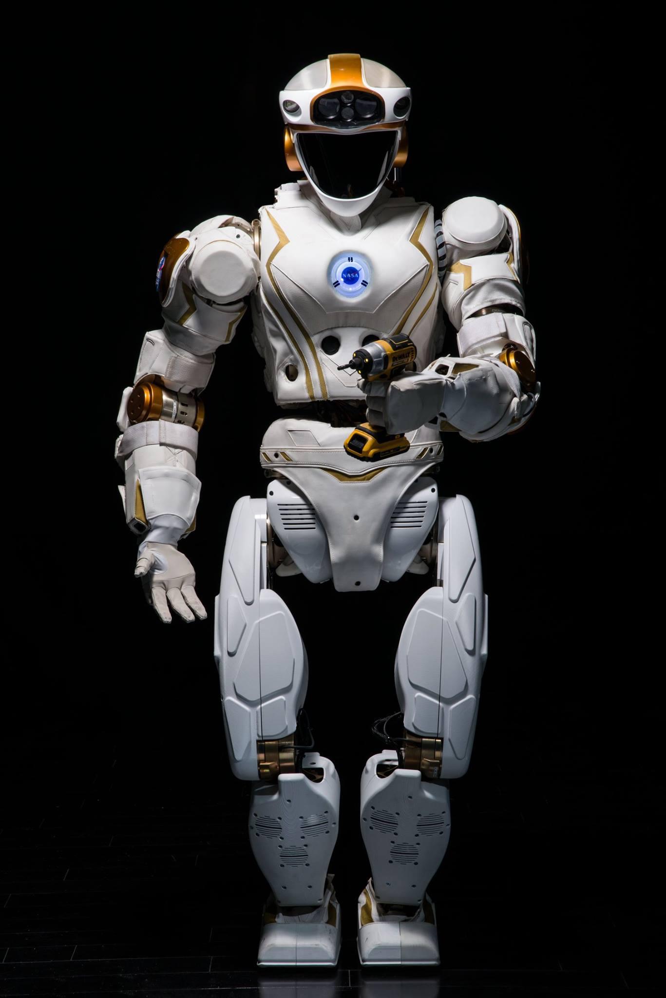 nasa humanoid robot - HD1367×2048