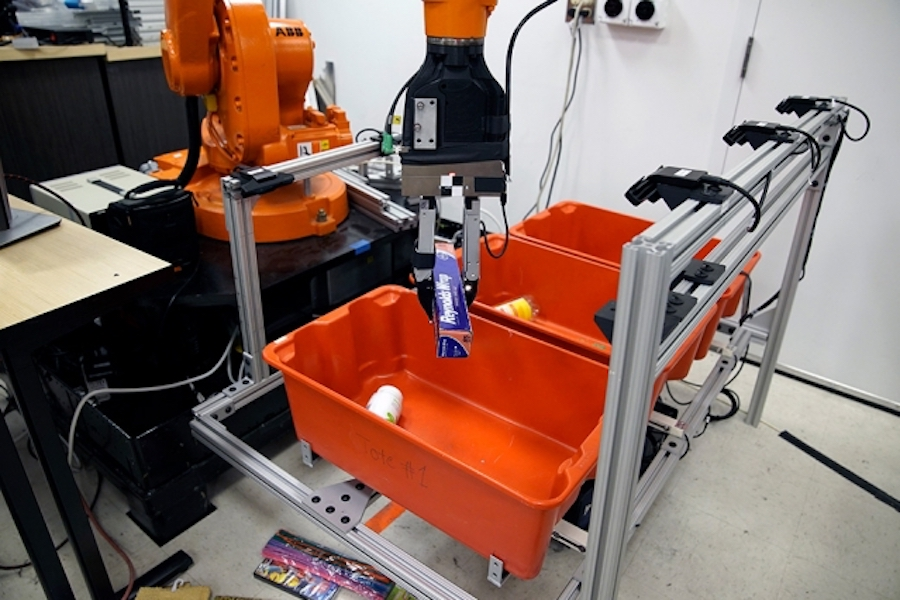 Robo Picker Grasps And Packs Robohub