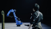 Yaskawa robot learns the art of the samurai